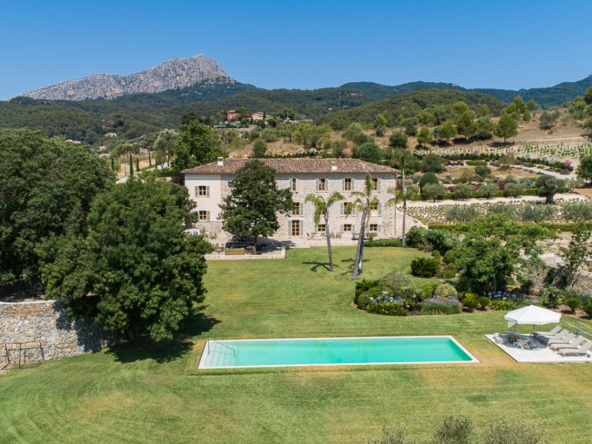 Authentic Mallorcan Mansion with Panoramic Countryside Views $22,181,881