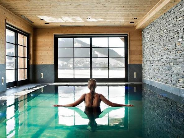 Exceptional Chalet on a Ski Area Pool