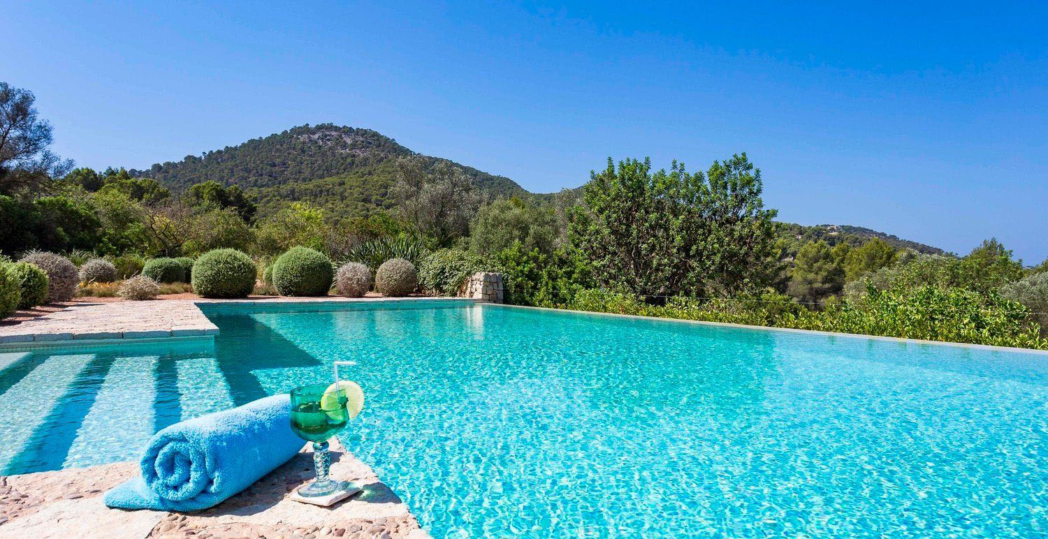 Exceptional Finca Close to Port Andratx Pool