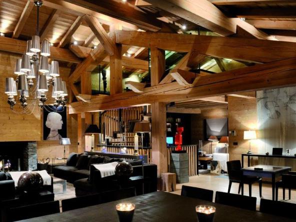 Exceptional Chalet on a Ski Area Dining Room
