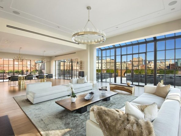 Unparalleled Private Penthhouse $43,828,166