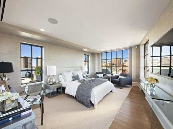 Unparalleled Private Penthhouse Bedroom