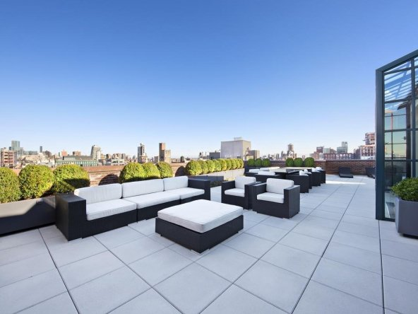 Unparalleled Private Penthhouse Balcony