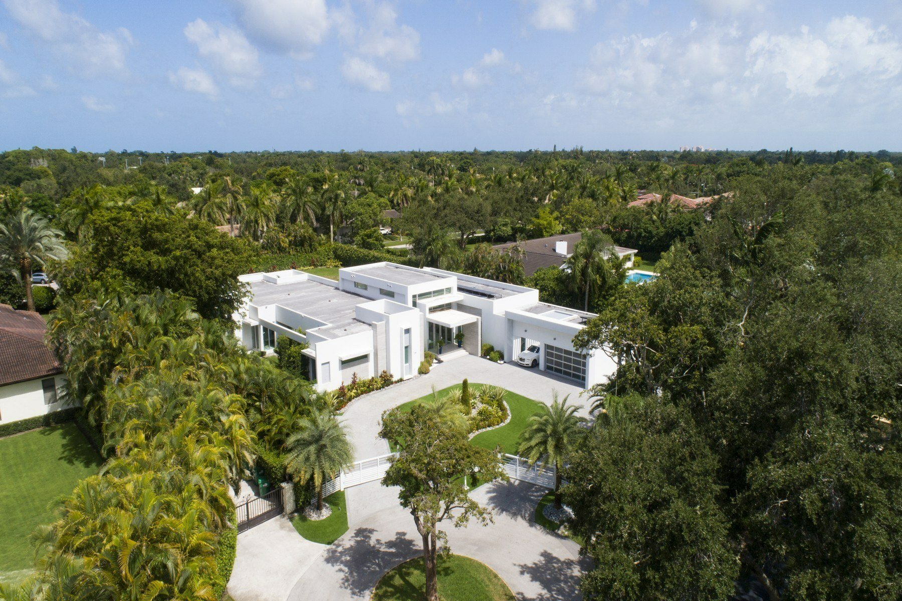 Immaculate N Pinecrest House Aerial View